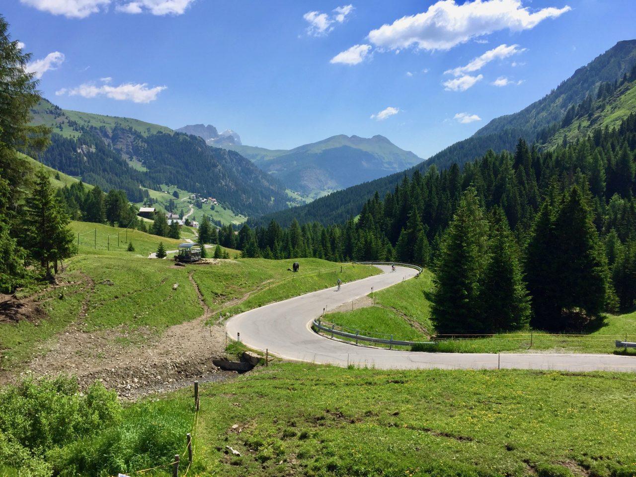 Auffahrt Passo Pordoi, Dolomites, Italy