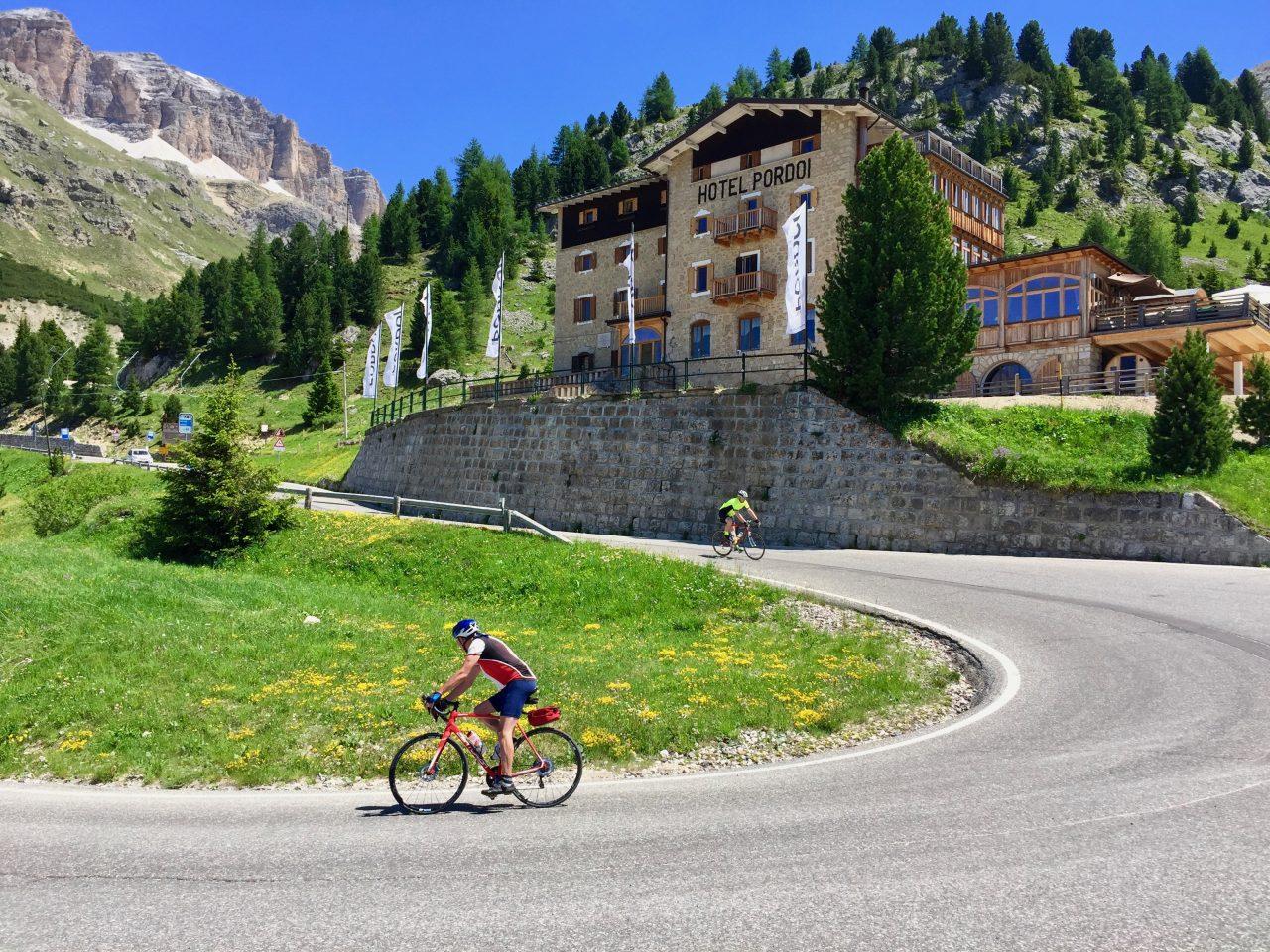 Hans-Jörg u. Jürgen, Abfahrt Passo Pordoi, Dolomites, Italy