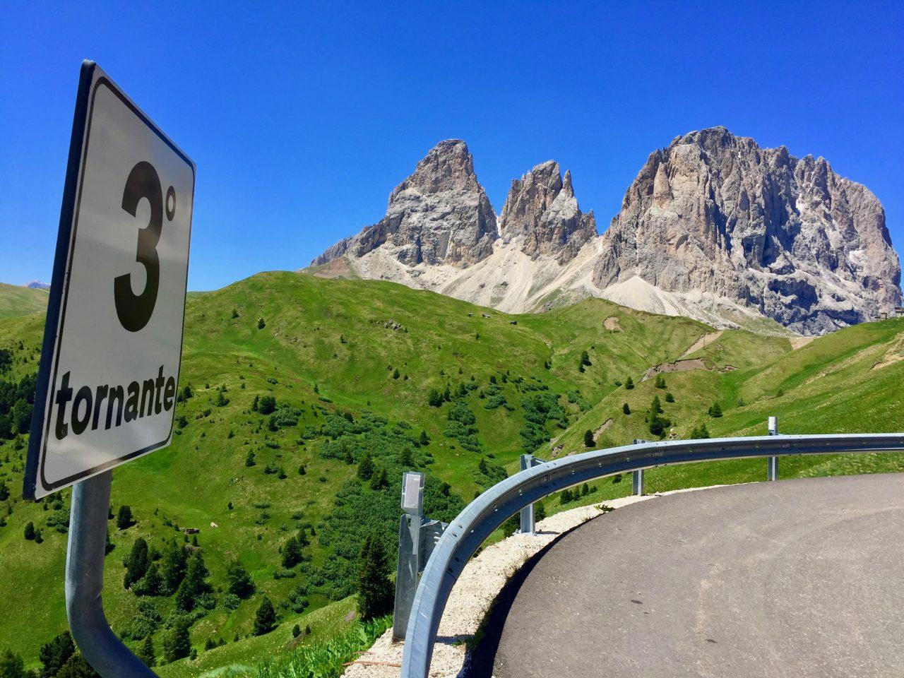 Auffahrt, Passo Sella, Dolomites, Italy