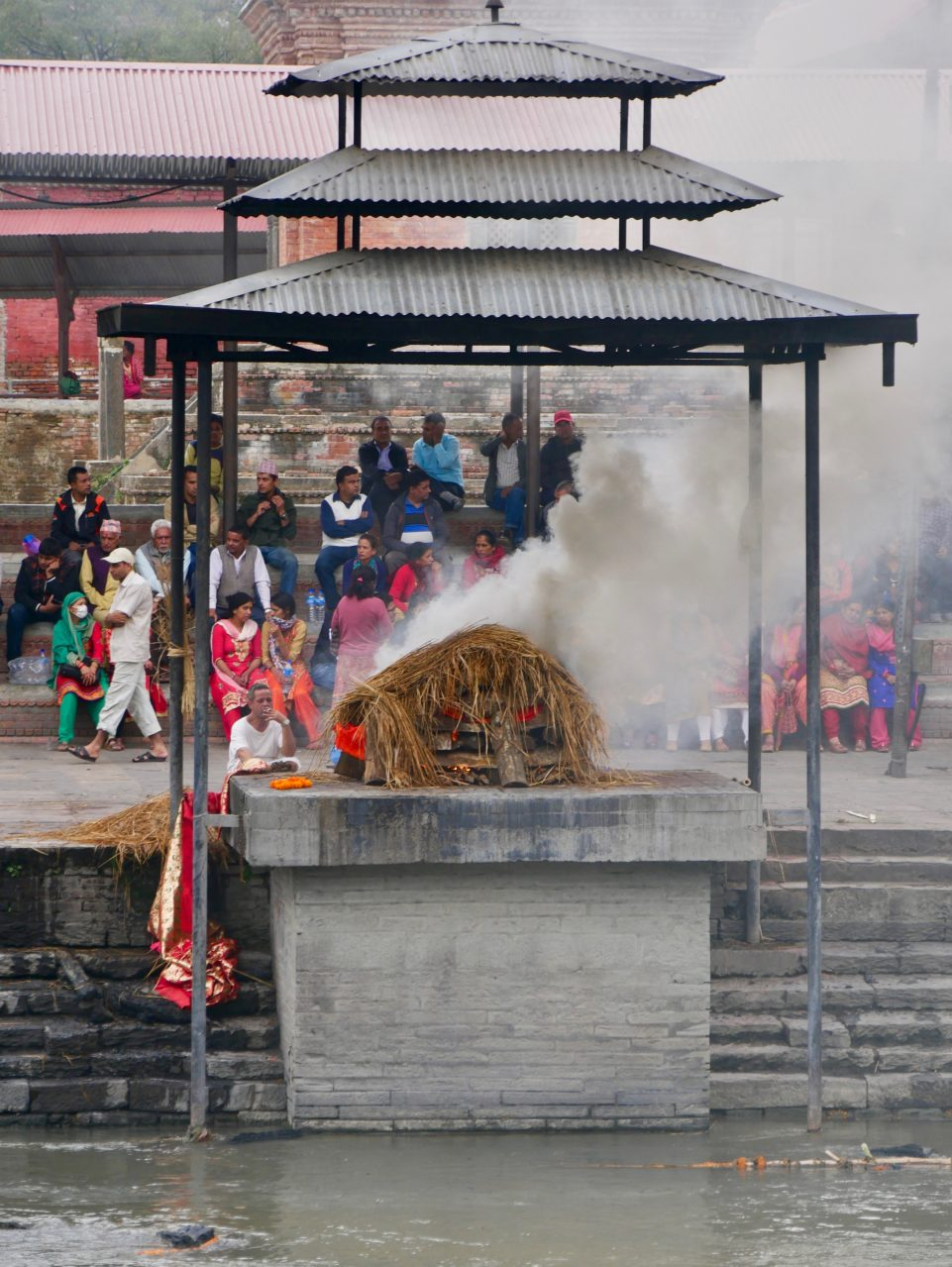 Öffentliche Verbrennung, Hindu Tempel Pashupatinath, Kathmandu, Nepal