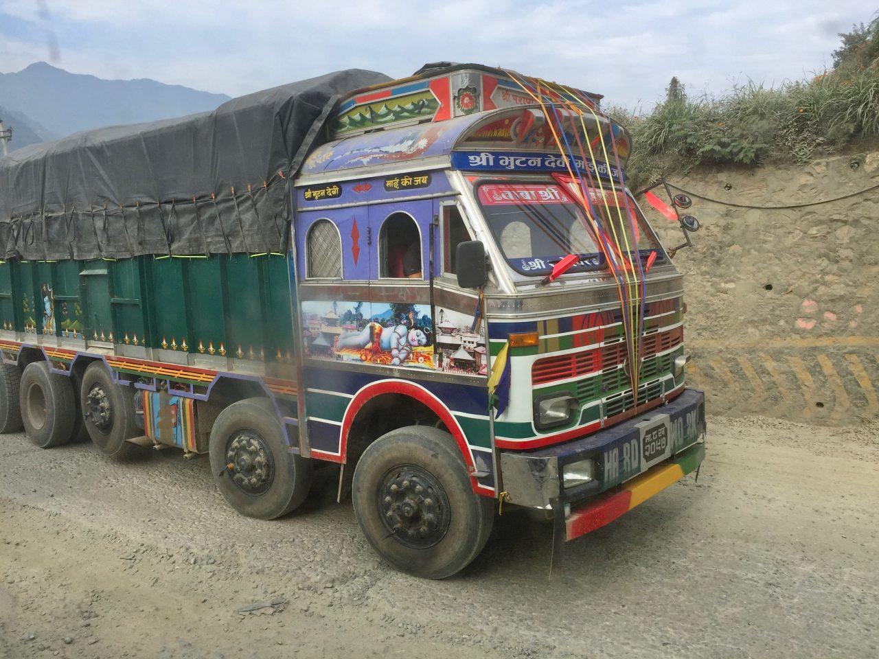 Busfahrt von Kathmandu nach Soti Khola