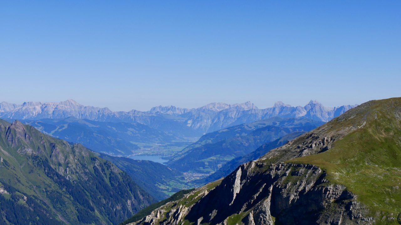 Aussicht auf die Hohe Tauern von der Großglockner Hochalpenstraße, Österreich